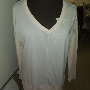 BOBI OF L.A. PALE PINK LONG SLEEVE V-NECK SMALL